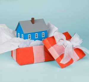 Only Registered Gift Deed Of Property Is Valid