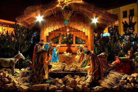 Christmas Crib Decoration In Church Ideas Images