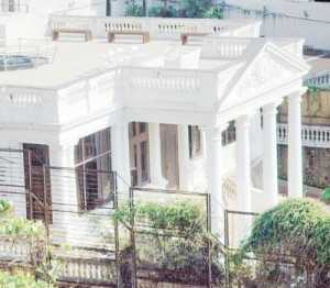 Mannat house depicting an elegant palace