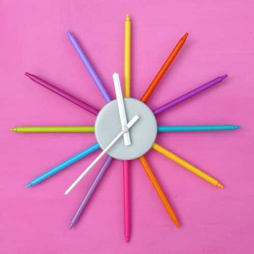 Home made wall clocks for the kid39s room for Wall clock images for kids