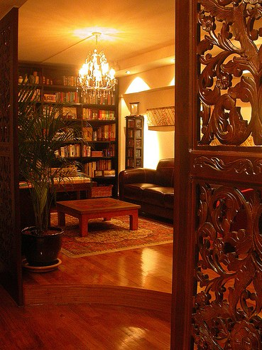 Tips to do up your apartment with oriental theme for Interior decoration for new year